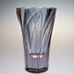 <strong>Hloušek Rudolf</strong> - <p>Cutted vase, alexandrit glass, about 1940. Signed R.Hlousek, height 16 cm.</p>