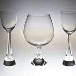 <strong>Metelák Milan</strong> - <p>Goblets with droplike hollow in a&nbsp;stem, these remarkable elegant goblets are a&nbsp;part of production of Harrachov glass-factory for dozens of years.</p>